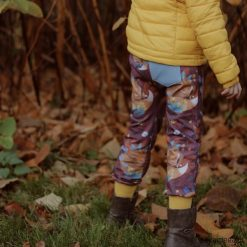 Spodnie dla dziecka unisex. Brązowe spodnie chłopięce marki Pakamera, z bawełny. Za 95,00 zł.