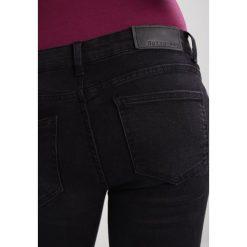 Noisy May NMEVE POCKET PIPING Jeans Skinny Fit black. Czarne jeansy damskie marki Noisy May, z bawełny. W wyprzedaży za 143,20 zł.
