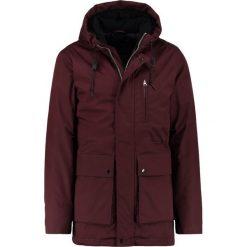 Suit RON Parka plum. Fioletowe parki męskie marki Suit, m, z bawełny. W wyprzedaży za 461,45 zł.