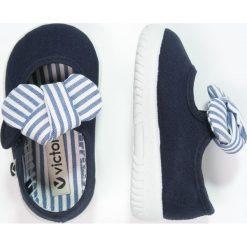 Baleriny damskie lakierowane: Victoria Shoes Baleriny z zapięciem marino