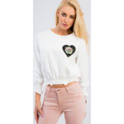 Bluzy damskie: Kremowa krótka bluza 21117