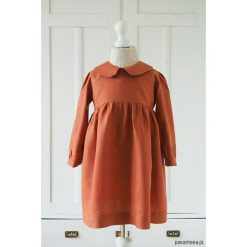 Lniana sukienka głęboki ceglasty. Czerwone sukienki dziewczęce z falbanami Pakamera, klasyczne. Za 189,00 zł.