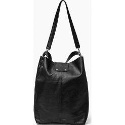 Skórzana Torebka Shoperka czarna GISELA. Czarne torebki klasyczne damskie Vera Pelle, ze skóry. Za 329,00 zł.