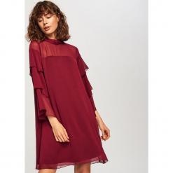 Sukienka z falbankami na rękawach - Bordowy. Czerwone sukienki na komunię marki Reserved, z falbankami. Za 69,99 zł.