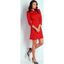 Czerwona Wizytowa Taliowana Sukienka z Wiązaniem. Czarne sukienki koktajlowe marki bonprix, do pracy, w paski, moda ciążowa. W wyprzedaży za 102,21 zł.