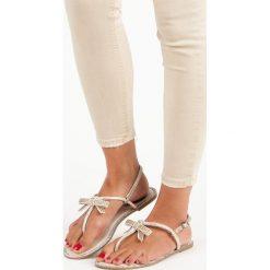LUISA eleganckie sandały japonki brązowe. Brązowe sandały damskie marki SMALL SWAN. Za 46,90 zł.