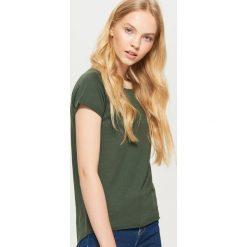 Gładka koszulka BASIC - Khaki. Brązowe t-shirty damskie marki Cropp, l. Za 19,99 zł.
