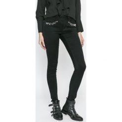 Only - Jeansy. Czarne jeansy damskie rurki marki ONLY, z bawełny. W wyprzedaży za 129,90 zł.