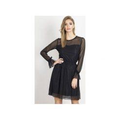Sukienka Swing. Czarne sukienki balowe marki Wow fashion, w koronkowe wzory, z koronki, proste. Za 299,00 zł.