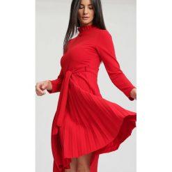 Czerwona Sukienka For You. Czerwone sukienki other, uniwersalny, midi. Za 89,99 zł.