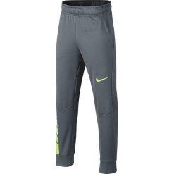 Chinosy chłopięce: Nike Spodnie dziecięce B NK Therma Pant GFX  szare r. M (137-147cm) (909082 065)