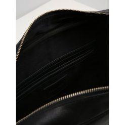 Pier One Torba na ramię black. Czarne torby na ramię męskie marki Pier One. Za 379,00 zł.