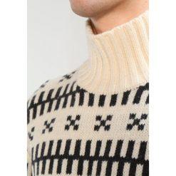 Swetry klasyczne męskie: Mads Nørgaard KELDEN Sweter ecru