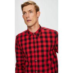 Medicine - Koszula Under The City. Czerwone koszule męskie na spinki marki MEDICINE, l, w kratkę, z bawełny, z klasycznym kołnierzykiem, z długim rękawem. Za 99,90 zł.