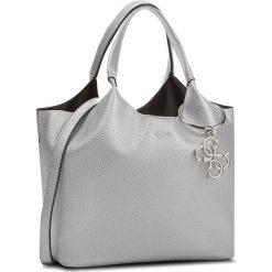 Torebka GUESS - HWME68 65060 SIL. Szare torebki klasyczne damskie Guess, z aplikacjami, ze skóry. Za 679,00 zł.