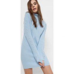 Długi sweter z perełkami. Brązowe golfy damskie marki Orsay, s, z dzianiny. Za 139,99 zł.