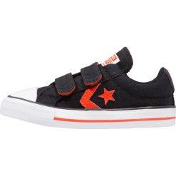 Converse STAR PLAYER EV 3V OX INFANT JUNIOR Tenisówki i Trampki black/gym red/white. Czarne trampki chłopięce marki Converse, z materiału. Za 169,00 zł.
