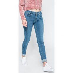 Levi's - Jeansy 710. Brązowe jeansy damskie rurki marki Levi's®, z aplikacjami, z bawełny. W wyprzedaży za 239,90 zł.