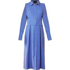 DESIGNERS REMIX LOTTIE DRESS Sukienka koszulowa skyblue. Białe sukienki letnie marki DESIGNERS REMIX, z elastanu, polo. W wyprzedaży za 694,85 zł.