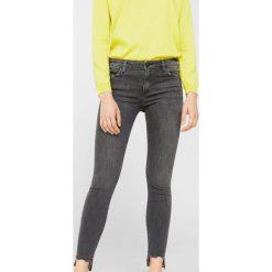Mango - Jeansy Olivia1. Szare jeansy damskie skinny Mango. W wyprzedaży za 79,90 zł.