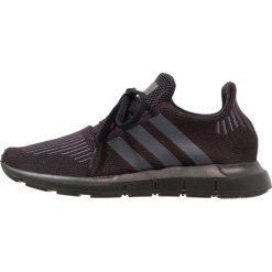 Adidas Originals SWIFT RUN  Tenisówki i Trampki black. Czarne tenisówki męskie marki adidas Originals, z materiału. Za 279,00 zł.