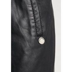 Freaky Nation LITTLE ITALY Spódnica skórzana black. Czarne spódniczki skórzane Freaky Nation, l. Za 589,00 zł.