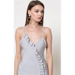 Missguided - Sukienka. Szare sukienki na komunię marki Missguided, na co dzień, s, z elastanu, casualowe, midi, dopasowane. W wyprzedaży za 119,90 zł.