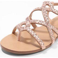 Chodaki damskie: Head over Heels by Dune NADIAS Japonki rose gold