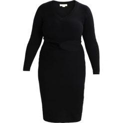 Sukienki dzianinowe: Lost Ink Plus Sukienka etui black