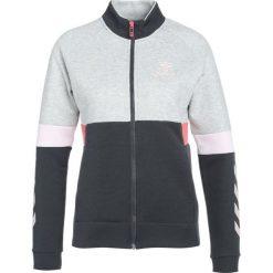 Hummel MEDUSA ZIP JACKET Kurtka sportowa grey melange. Szare kurtki sportowe damskie marki Hummel, z bawełny. Za 299,00 zł.
