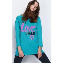 Zielona Bluzka Live Dream. Zielone bluzki longsleeves Born2be, l, z nadrukiem, z okrągłym kołnierzem. Za 24,99 zł.