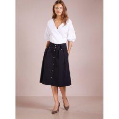 BOSS CASUAL BATELILLY Spódnica trapezowa open blue. Niebieskie spódniczki trapezowe marki BOSS Casual, z bawełny, casualowe. Za 669,00 zł.