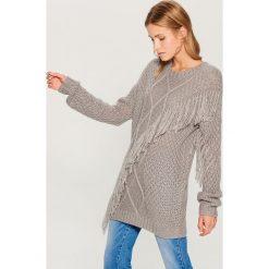 Sweter oversize Gold Label - Szary. Szare swetry oversize damskie Mohito, l. Za 149,99 zł.