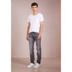 7 for all mankind KAYDEN Jeansy Slim Fit grey. Szare jeansy męskie relaxed fit 7 for all mankind. Za 1009,00 zł.