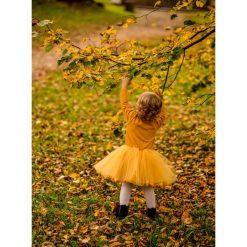 Sukienka z tiulem i pomponikami Fluffy Mustard. Żółte sukienki dziewczęce marki Pakamera, z tiulu. Za 199,00 zł.