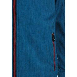 Killtec LINO Kurtka Softshell himmelblau. Niebieskie kurtki chłopięce przeciwdeszczowe KILLTEC, z materiału, sportowe. W wyprzedaży za 142,35 zł.