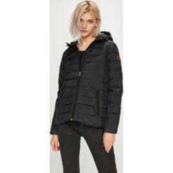 Roxy - Kurtka/płaszcz ERJJK03250.KVJ0. Czarne kurtki damskie pikowane Roxy, m, z poliesteru, z kapturem. Za 369,90 zł.