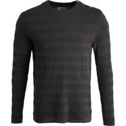 Swetry klasyczne męskie: Kronstadt KELD Sweter charcoal melange/orange