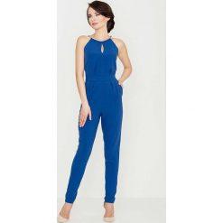 Kombinezony damskie: Niebieski Elegancki Kombinezon z Biżuteryjnym Akcentem Wiązany na Szyi