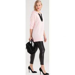 Bluzy rozpinane damskie: Noisy May Petite NMAIDEN LONG Bluza z kapturem barely pink