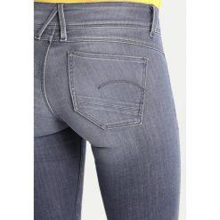 GStar LYNN MID SUPER SKINNY Jeans Skinny Fit grey denim. Szare jeansy damskie marki G-Star, z bawełny. W wyprzedaży za 419,25 zł.