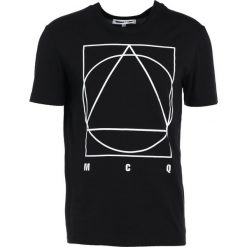 McQ Alexander McQueen Tshirt z nadrukiem darkest black. Czarne koszulki polo McQ Alexander McQueen, m, z nadrukiem, z bawełny. Za 459,00 zł.