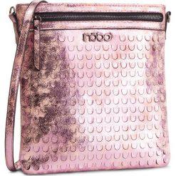 Torebka NOBO - NBAG-E0610-C004 Różowy. Czerwone listonoszki damskie marki Nobo, ze skóry ekologicznej. W wyprzedaży za 119,00 zł.