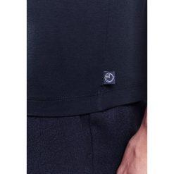 Armani Collezioni BASIC Tshirt basic dunkelblau. Niebieskie koszulki polo marki Armani Collezioni, l, z elastanu. W wyprzedaży za 272,35 zł.