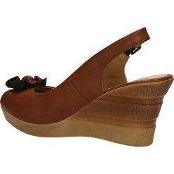 SANDAŁY JEZZI AM18-1. Brązowe sandały damskie marki Casu. Za 69,99 zł.