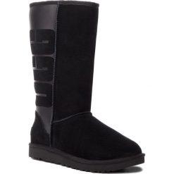 Buty UGG - W Classic Tall UGG Rubber 1096471 W/Blk. Szare buty zimowe damskie marki Ugg, z materiału, z okrągłym noskiem. Za 1219,00 zł.