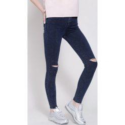 Granatowe Jeansy Onee Day More. Zielone jeansy damskie marki other, l, prążkowane. Za 54,99 zł.