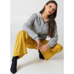 NA-KD Basic Bluza basic z kapturem - Grey. Szare bluzy rozpinane damskie marki NA-KD Basic, z bawełny, z kapturem. Za 100,95 zł.