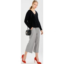 Swetry klasyczne damskie: Noa Noa Sweter black
