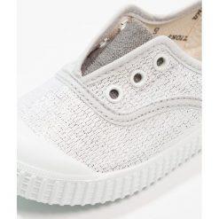 Trampki chłopięce: Victoria Shoes INGLESA ELÁSTICO Tenisówki i Trampki plata